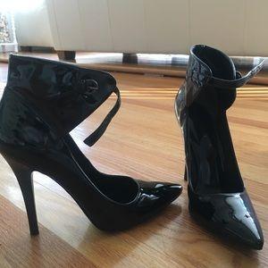 Nine West exclusive black heels